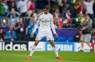 CARDIFF, WALES - Tuesday, August 12, 2014: Real Madrid's Cristiano Ronaldo celebrates scoring the first goal against Sevilla during the UEFA Super Cup at the Cardiff City Stadium. (Pic by David Rawcliffe/Propaganda)